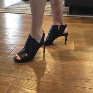 Via Spiga Black Leather High Heels